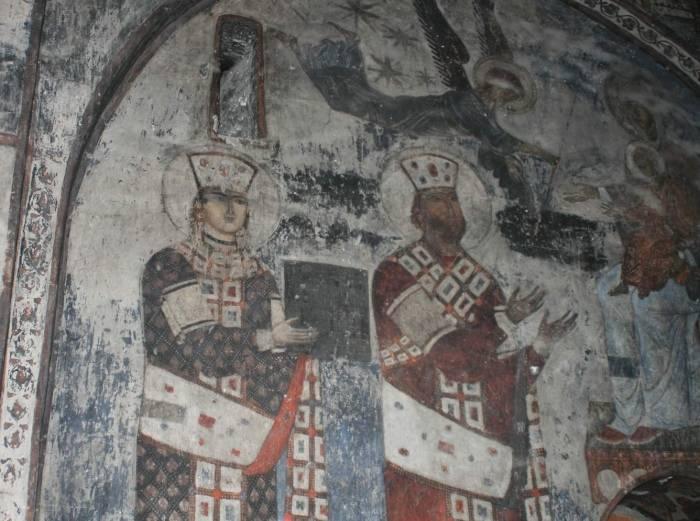 Пострадавшая фреска