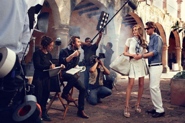 Алекси Любомирский Съемки рекламы Louis Vuitton Travel Fall Collection 2012.