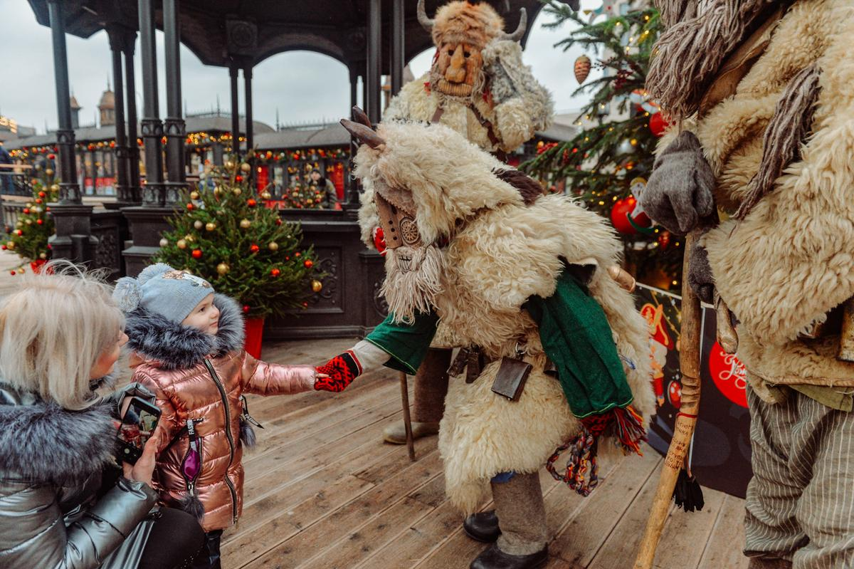 Фото с официального сайта мэра Москвы, с закладки Фестиваль Путешествие в Рождество 2020