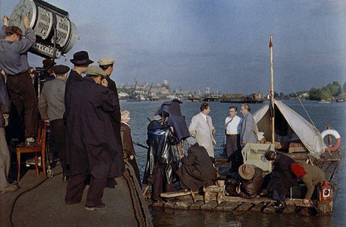 Фотография со съёмок фильма «Верные друзья», 1954