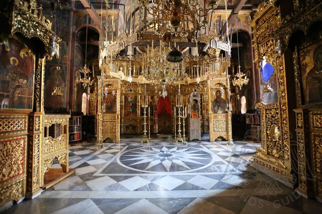 Искусство Святой Горы Афон — Иконостас и внутреннее убранство храма