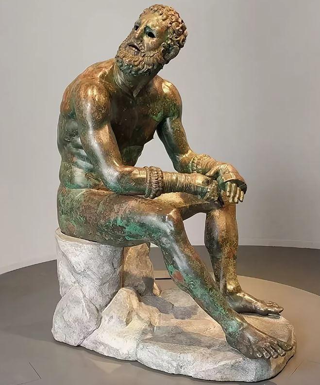 Кулачный боец. Эллинистическая статуя III–II веков до н.э.