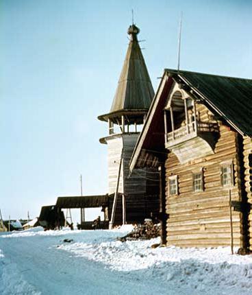 Жилой дом с сенями в двух уровнях. Село Типиницы. Карелия. ХIХ век