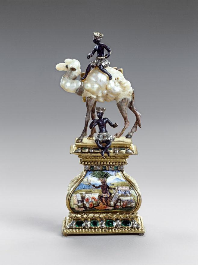 """Два мавра с верблюдом. Около 1700–1705. Барочный жемчуг, золото, эмаль, серебро, алмазы, изумруды. """"Зеленые своды"""", Государственные художественные собрания Дрездена."""