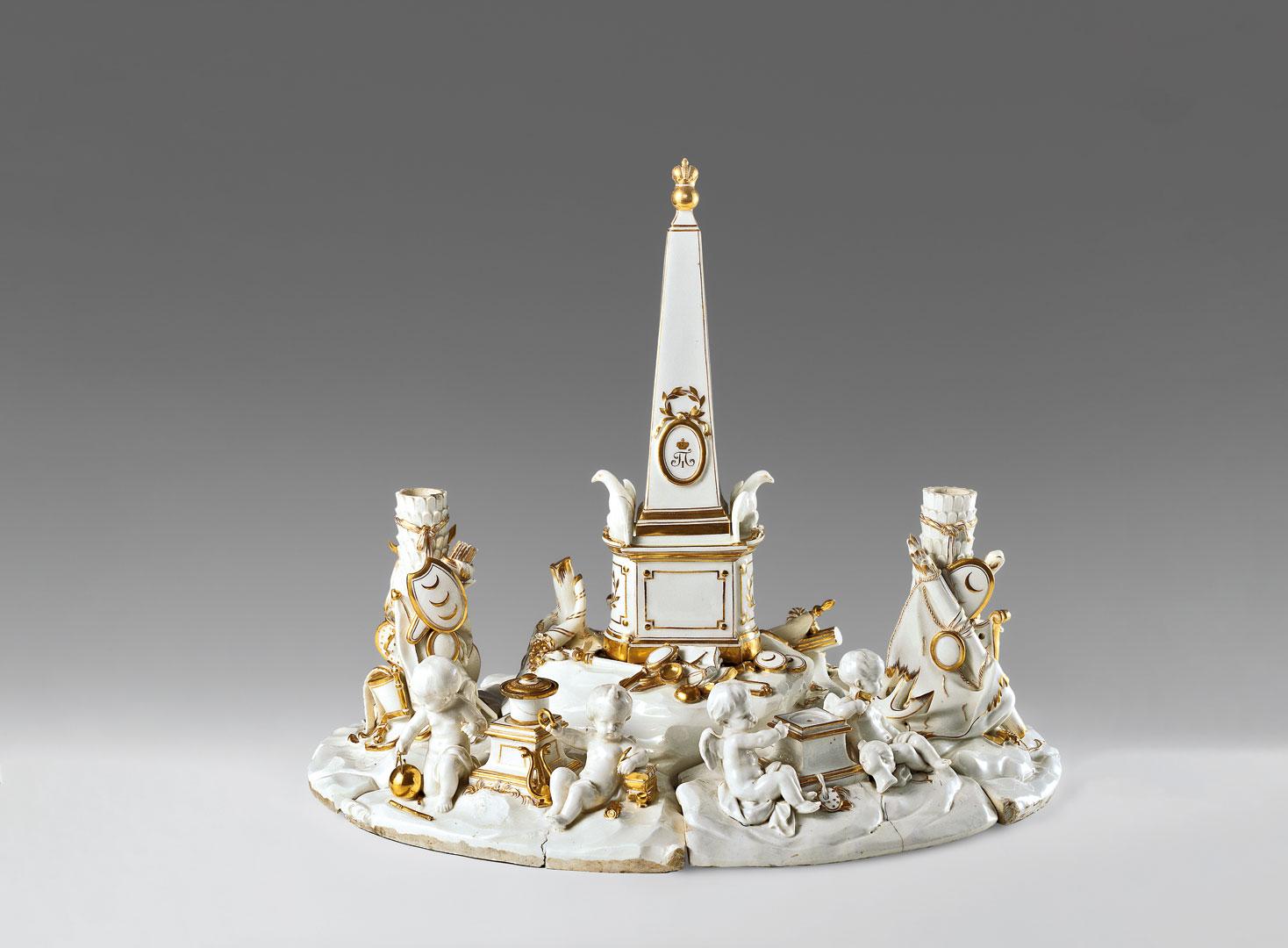 Чернильный прибор с вензелем императора Павла I. Около 1800