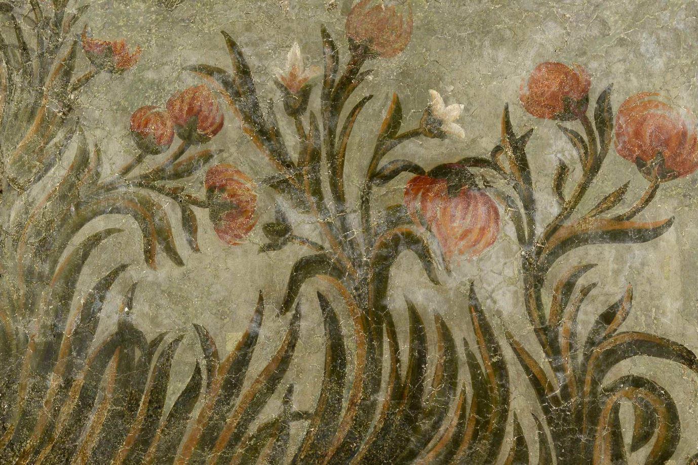 Фреска Троицкого собора затопленного Троице-Макарьева монастыря. Цветы и плоды
