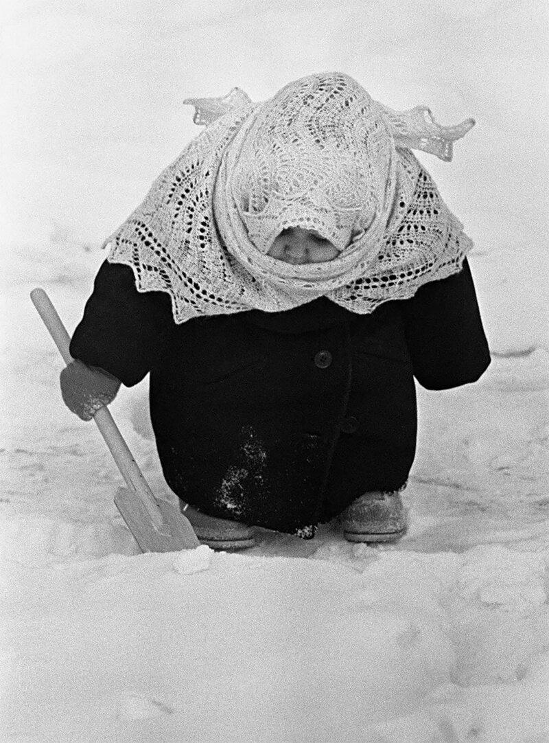 Владимир Лагранж. Бабуля. 1961